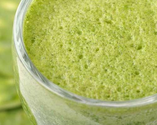 Segunda-feira é dia de DETOX! Novidade no suco verde: como deixa-lo mais poderoso?