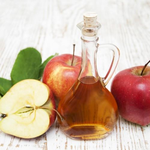 4 (bons) motivos para usar vinagre de maçã em seu dia-a-dia