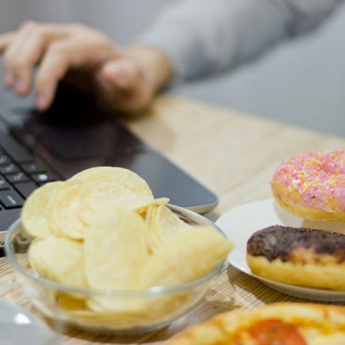 6 dicas para não ganhar peso na quarentena