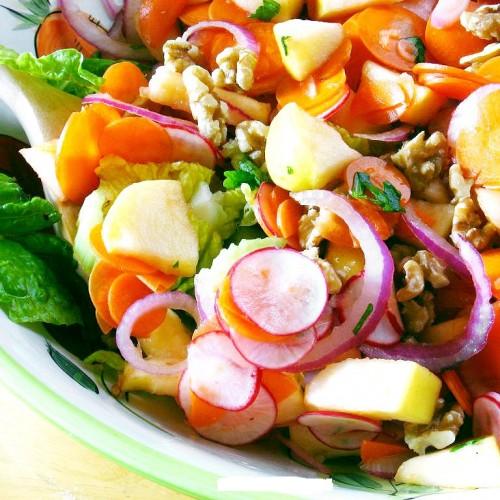 Molhos prontos para salada: será que são saudáveis?